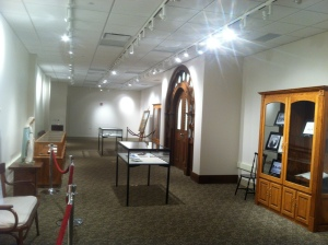 exhibit gallery