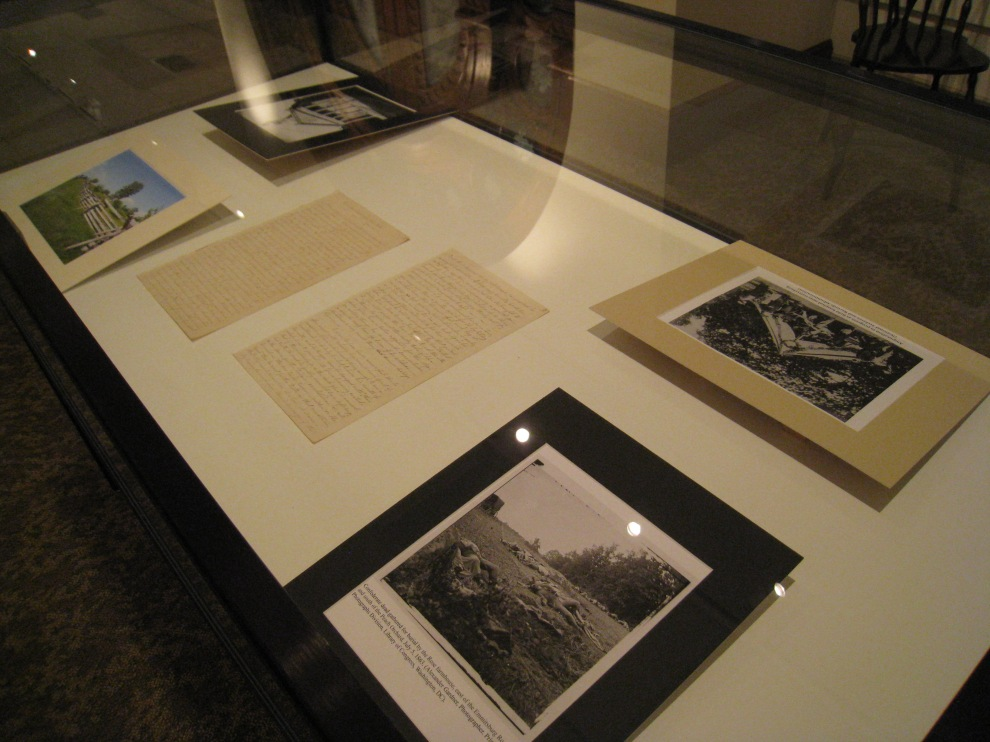 Images and manuscripts describing the Sisetrs journey to Gettysburg